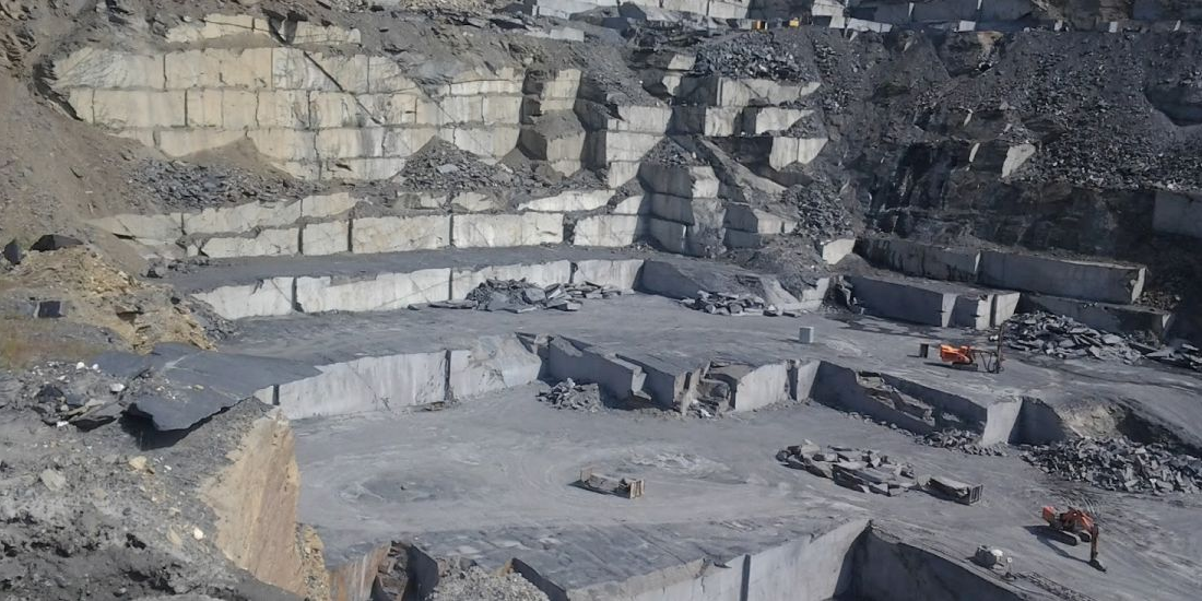 Expanding family slate mining company - investment opportunity