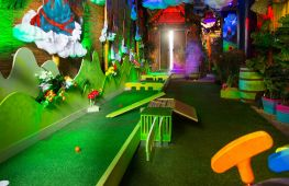 Spectacular Crazy Golf brand set to expand with new London venues - investment opportunity