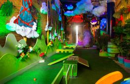 Spectacular Crazy Golf brand expanding with new London venues - investment opportunity